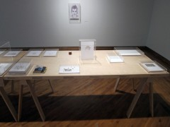 Exposición Frágil / Fragile