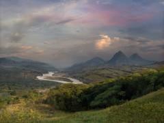 Panorámica del Valle del Río Cauca y los Farallones de la Pintada desde la hacienda - El Porvenir