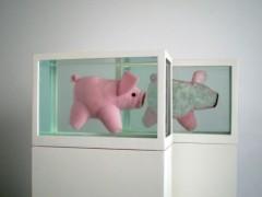 Dos cerditos (o Acerca del Estudio de los Protagonistas…), 2008.