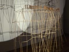 El sonido del árbol caído - Claudia Fontes - Montaña (El momento del derrumbe revela puntos claves de la construcción) (detalle), 2009-2011