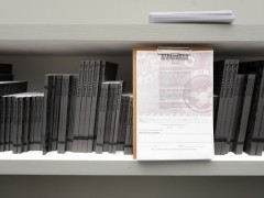 Voluspa Jarpa, Biblioteca de No Historia, 2011, 1,000 x 320 x 54 cm. Foto: Mahmut Ceylan.