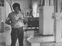 Juan Downey at his studio an 20 East 20th street, NY, 1975. Photo credit: Bermudez