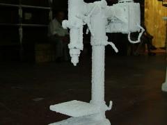 Maquinas Cubiertas Con Salpicre Y Bandeja Tiracables Con Tubos Fluorescentes
